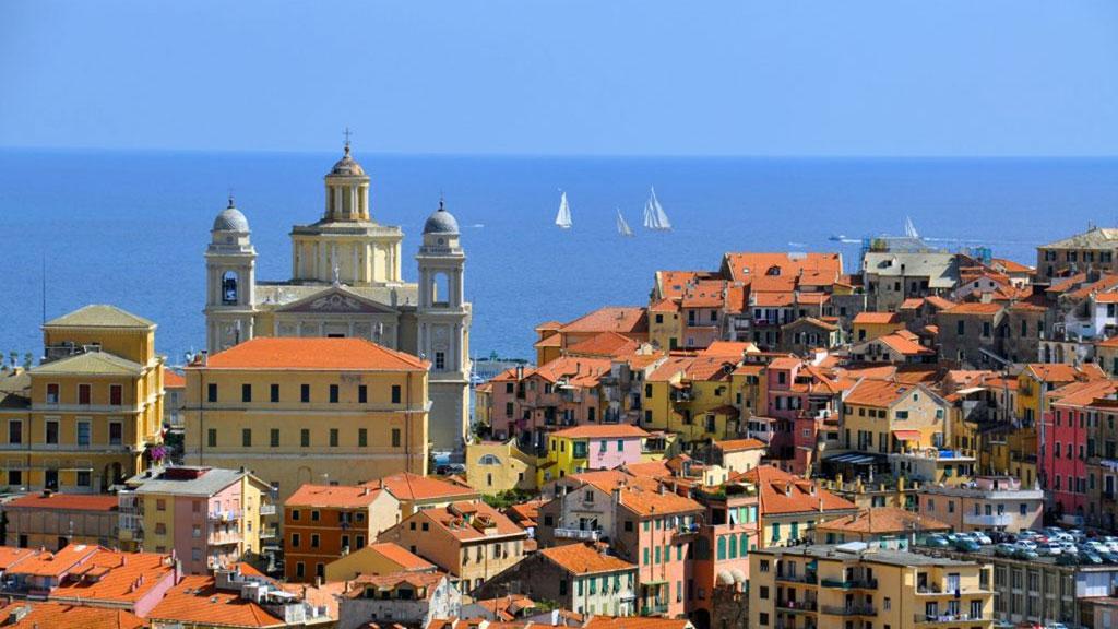 Blick auf den Domo von Porto Maurizio