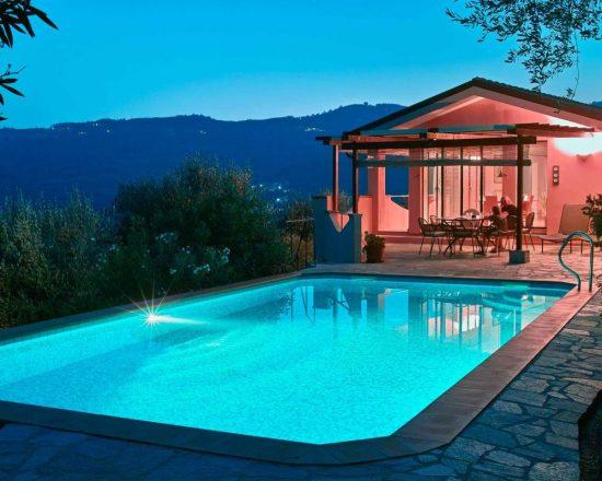 Ferienhaus Casa Luce auf dem Colle Lupi, Dolcedo, Ligurien