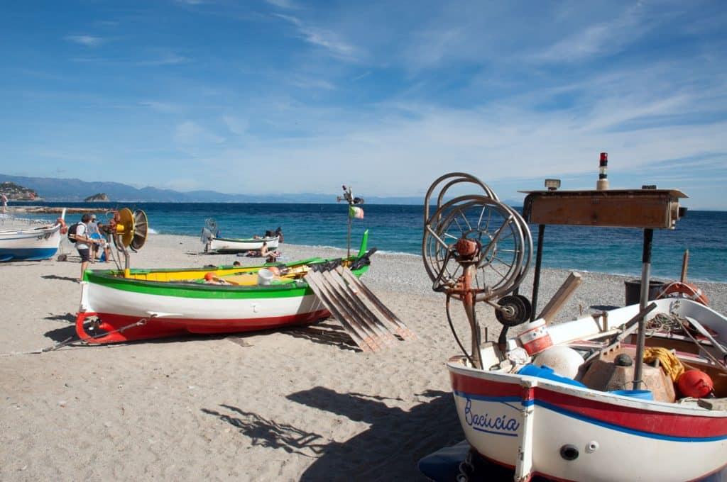 Noli Strand Blick nach Genua