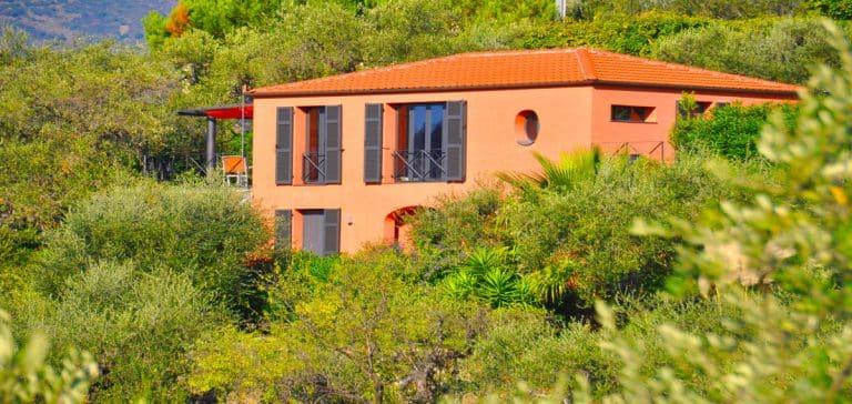Liguriamare Casa Fiori house with garden and sea views